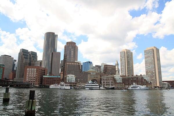 Waterfront,后面也是波士顿高层建筑最集中的地方……只是似乎没有上海密集